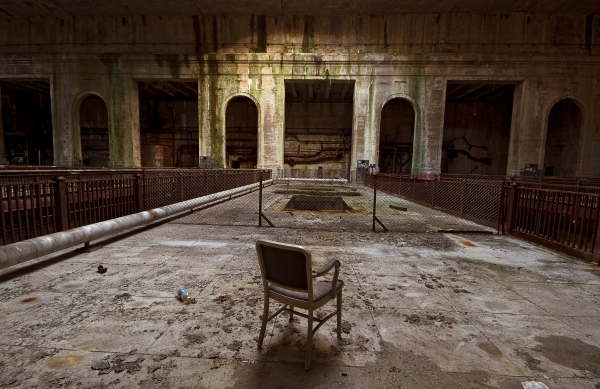 Inside Philadelphia's Rusting Halls of Power with Noah Levey