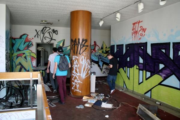 Inside Hunting Park's Abandoned Tastykake Factory