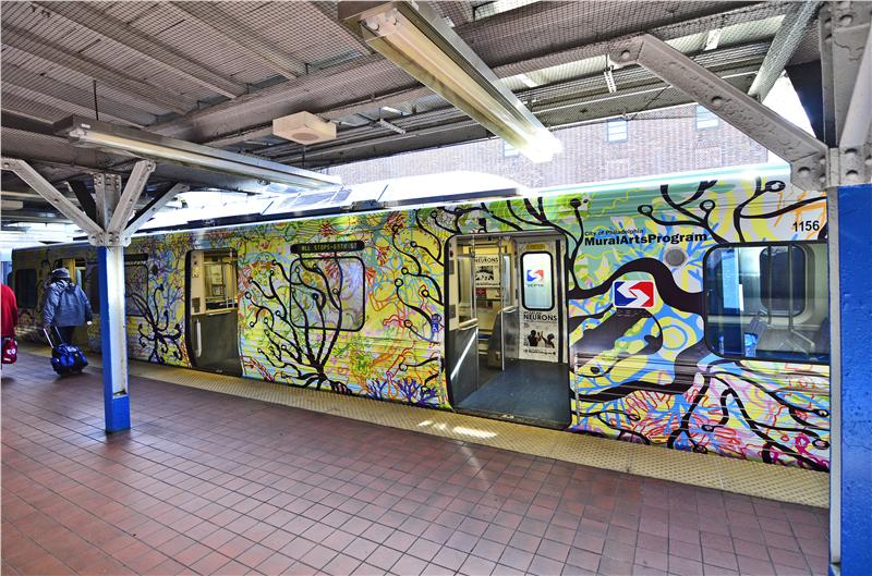 Mural arts brings mural wraps to septa s market frankford for Mural tour philadelphia map