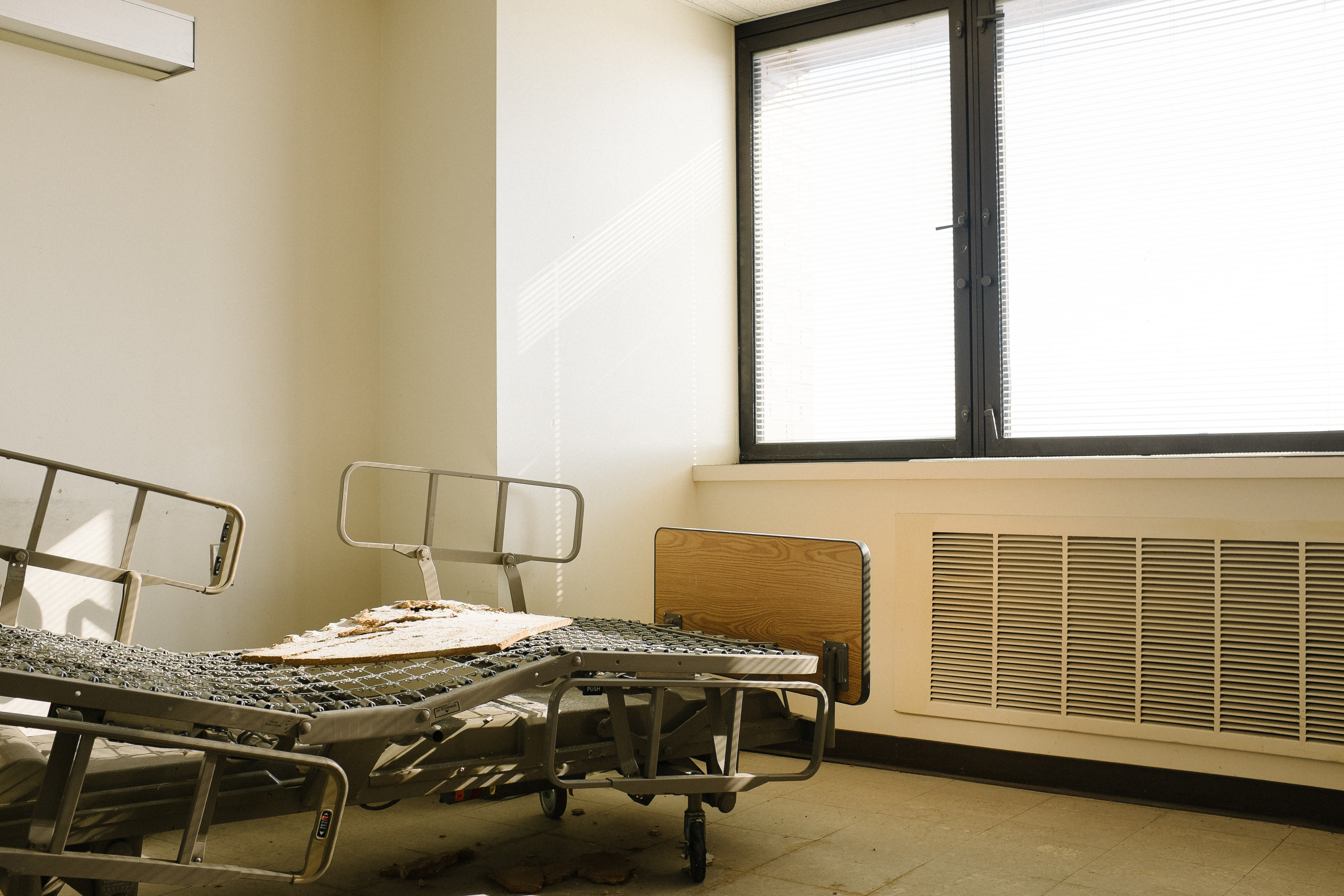A Look Inside the Final Days of South Philly's Mount Sinai Hospital