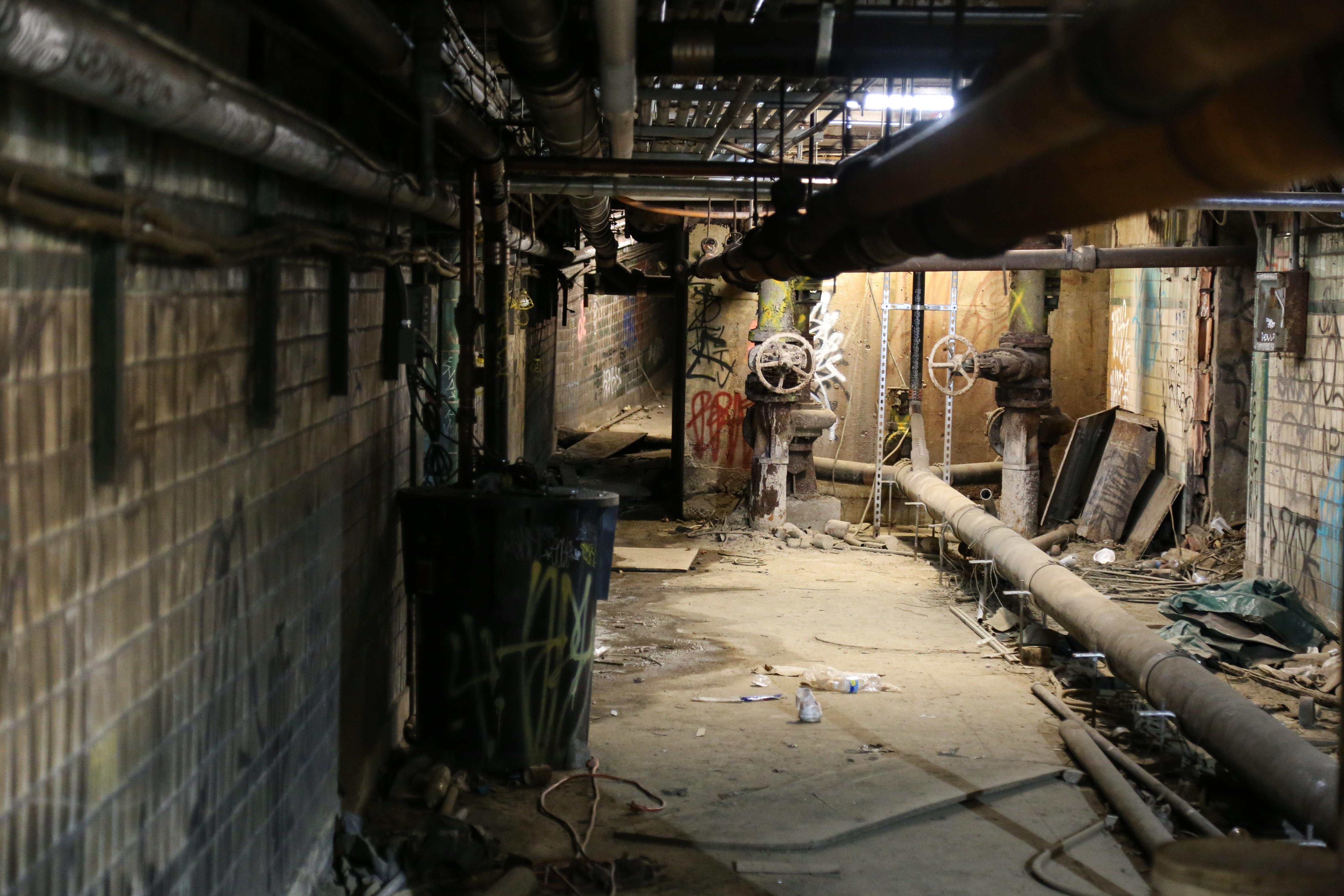 Under Philadelphia Inside Philly S Abandoned Subway